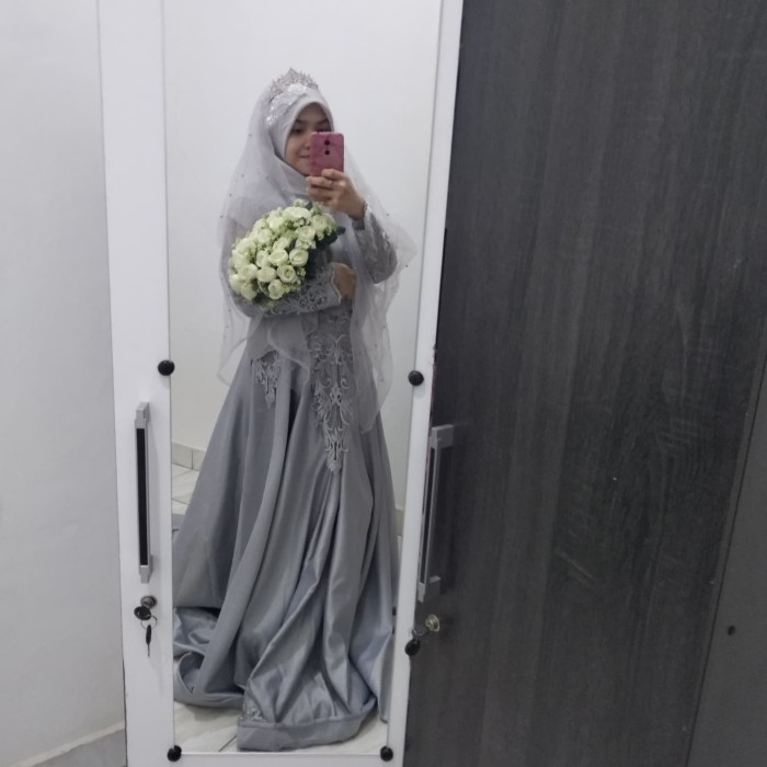 Jual Gaun Pengantin Silver Grey Modern Wedding Dress Muslimah Jakarta Barat Tia Soflen Tokopedia
