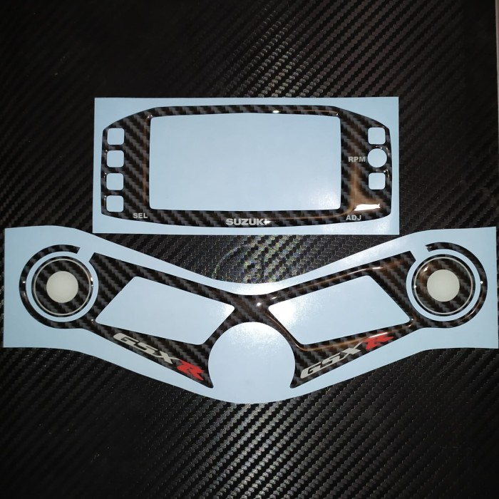 Foto Produk Stiker Fuelcap FuelPad Segitiga Triangle Speedometer Suzuki GSX R 150 dari Enda OlShop