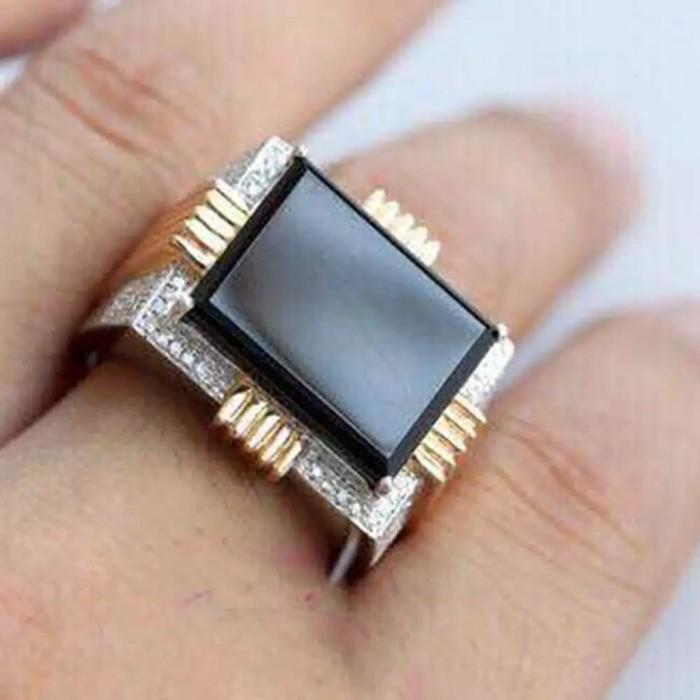 Jual Cincin Titanium Pria Model Batu Crystal Hitam Gold Kota