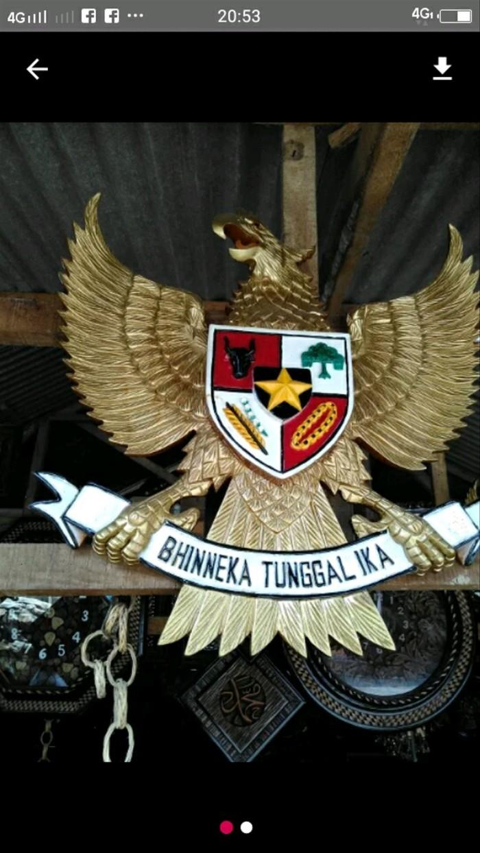 Jual Burung Garuda Pancasila Kayu Emas Kota Semarang Alifia Khoirunnisa