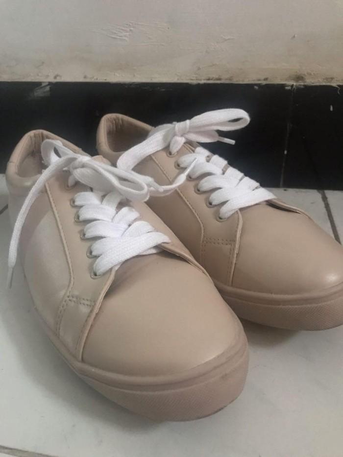 Jual Sneakers vincci - Kota Surabaya