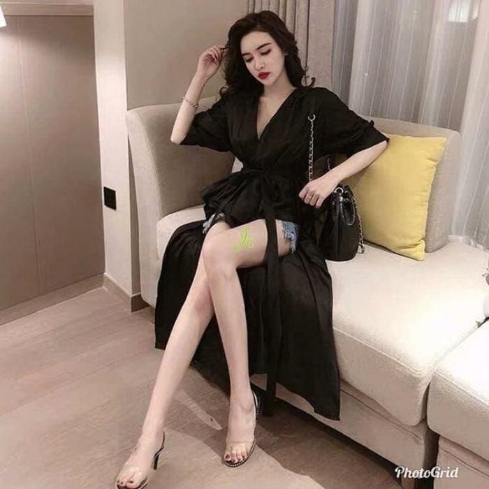 Foto Produk Blouse V hitam putih model belakang panjang ECL jolie - Hitam dari Megumi Store