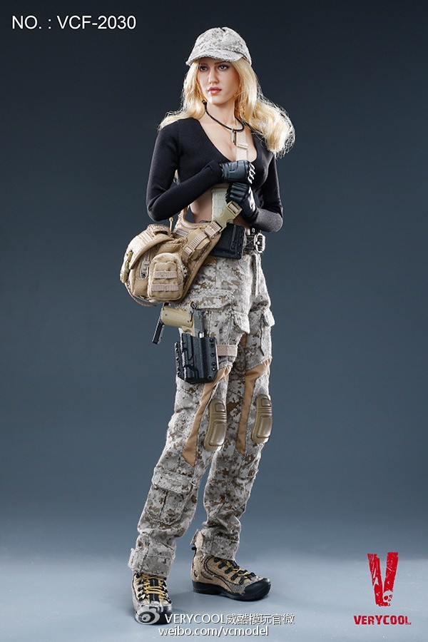 1//6 Scale VERYCOOL VCF-2030 Digital Camouflage Women Soldier MAX pike bag
