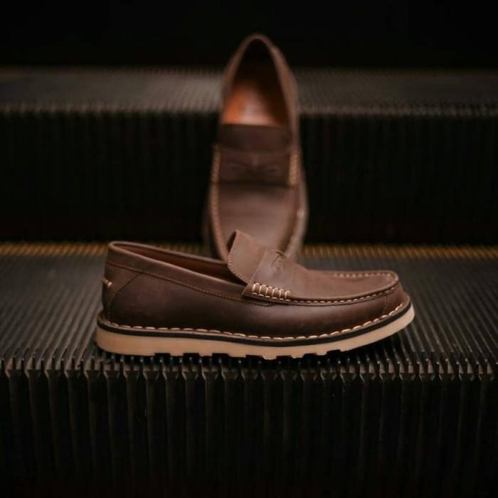 Foto Produk Sepatu Pria Casual Kulit NO.7 Dark Brown - Cokelat, 39 dari LOCALPRIDESHOES