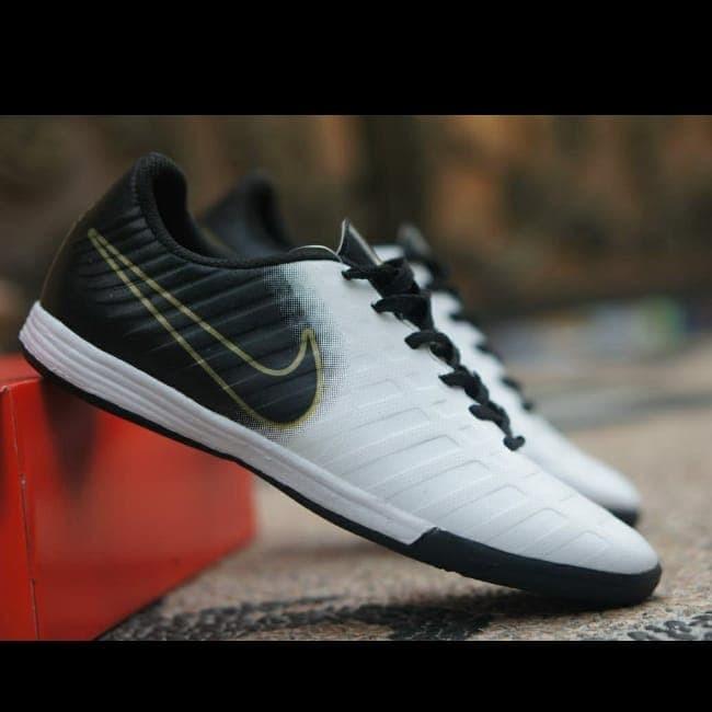 Foto Produk sepatu futsal nike tempo murah murah dari RASSPORT