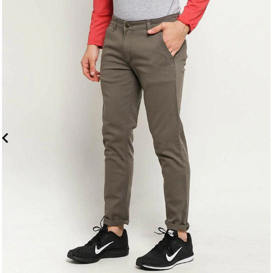 Foto Produk Ben & Bella Alvaro Slim Fit Chinos Celana Panjang Pria - Light Brown dari Warung Sarabia