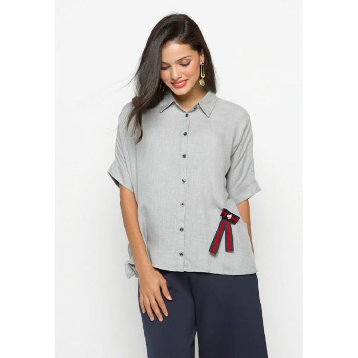 Foto Produk Minimal Boxy Shirt With Ruffle - XL dari minimal