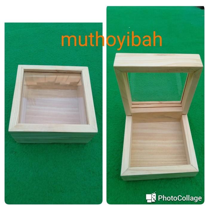 Foto Produk kotak kayu pinus akrilik 10x10x5cm dari Muthoyibah