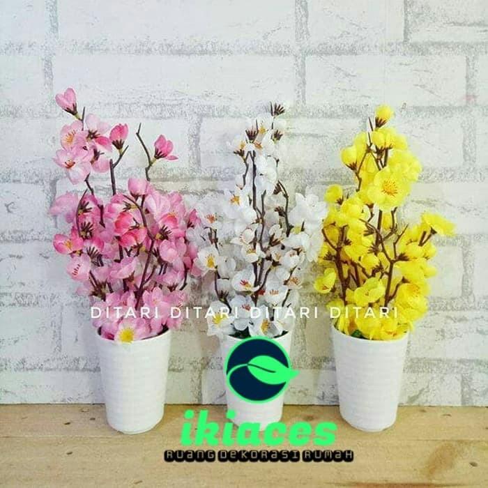 Foto Produk BUNGA PLASTIK ARTIFICIAL BUNGA PALSU DEKORASI RUMAH SAKURA VARIAN - Kuning dari ikiaces