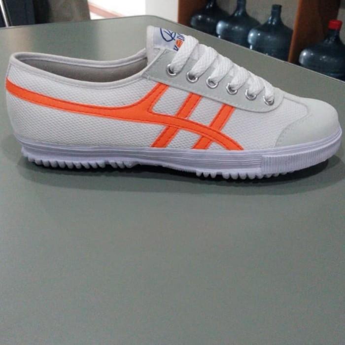 Foto Produk sepatu capung kodachi 8178 putih stripe orange dari SunZ Bicycle88
