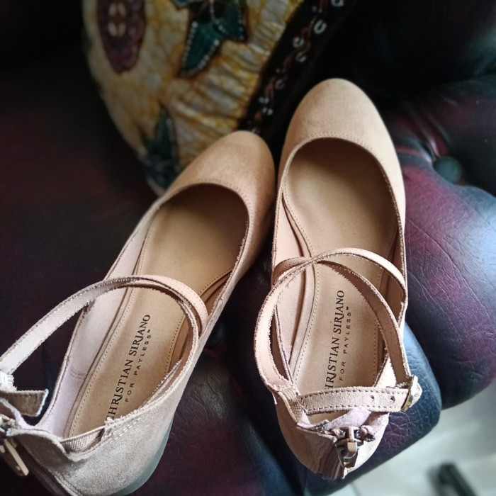 Jual CHRISTIAN SIRIANO FOR PAYLESS FLAT