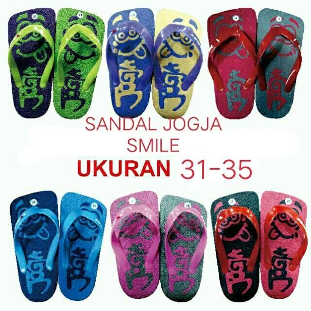 Foto Produk Sandal jepit jogja smile model kotak ukuran 31-35 murah dari SHOLIKHIN TOYS