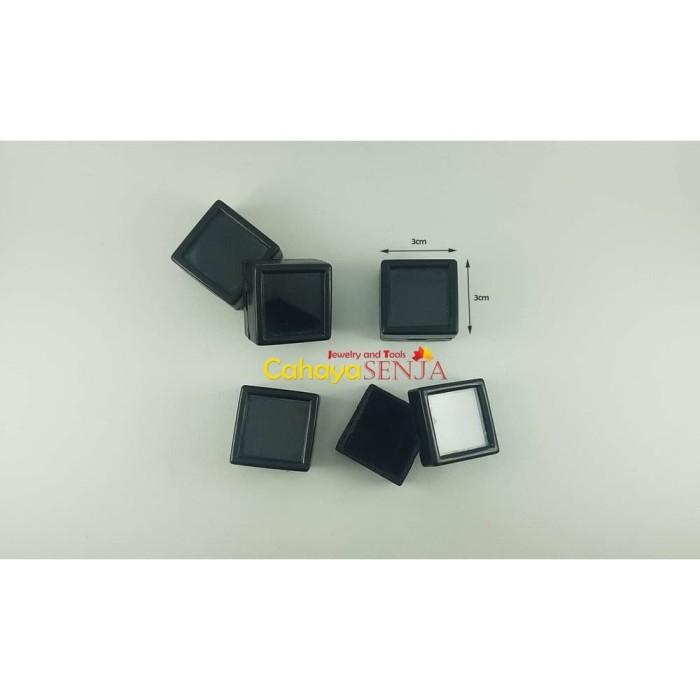 Foto Produk Kotak Batu 3x3cm isi 20pcs SBY dari hayamjastore