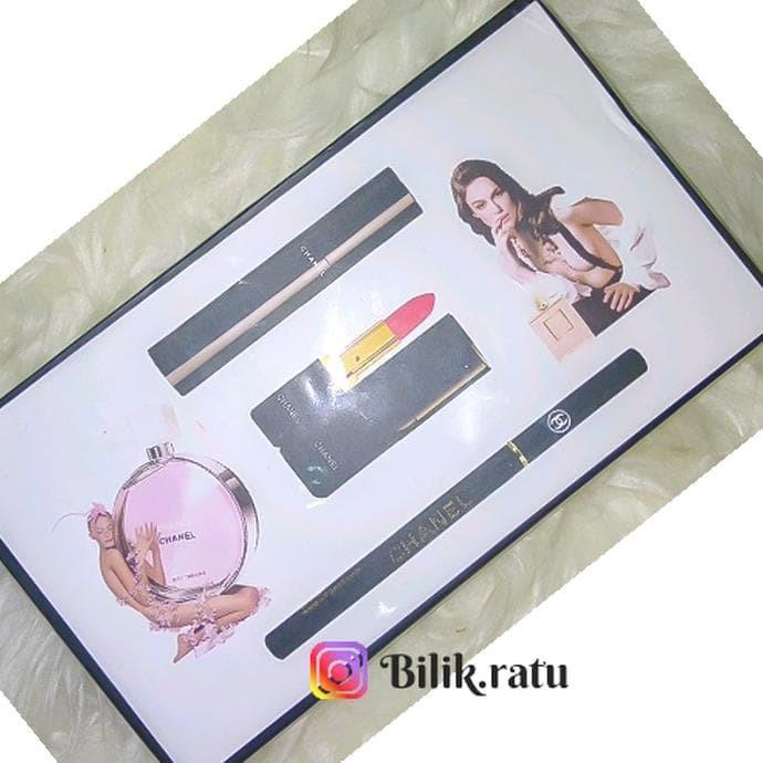 Foto Produk Set Channel Parfum and Make up dari Adielstore2