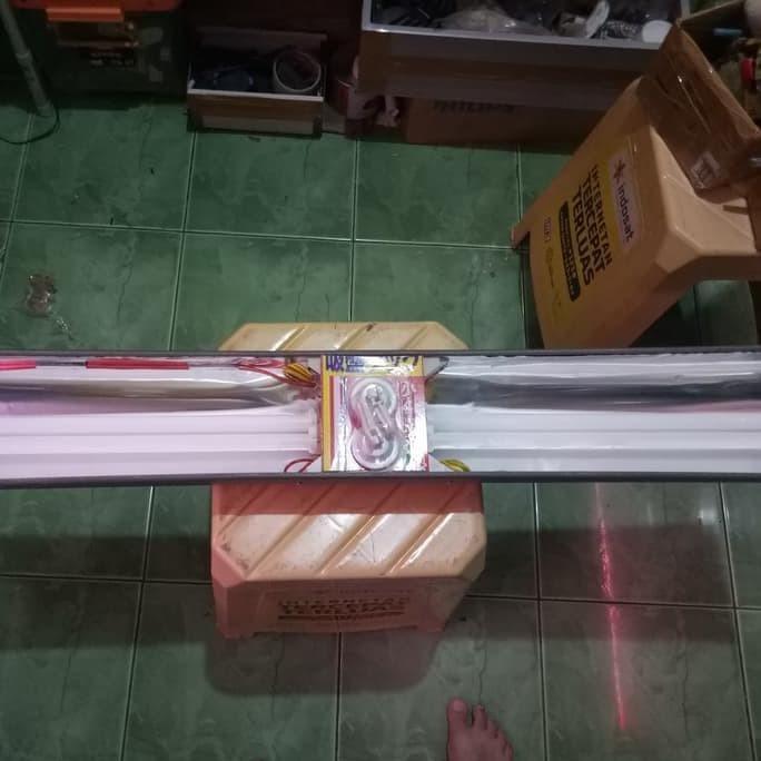 Foto Produk Hook Lampu Tanning 2 Pcs dari LastriShop7