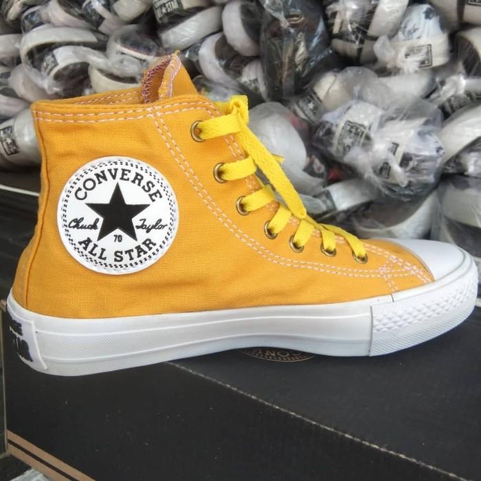 Jual Sepatu Converse Tinggi Sepatu Converse Warna Kuning Tinggi