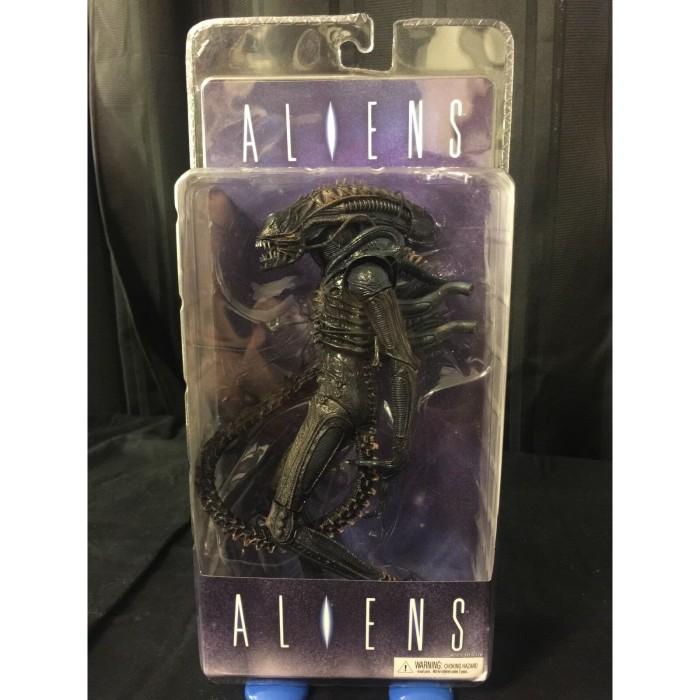 Foto Produk Neca Aliens Alien Warrior SALE dari Charu Toys