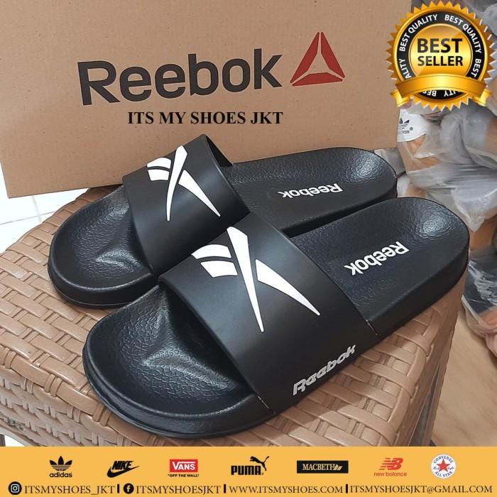 Foto Produk Sandal Slop Karet Pria Reebok-Hitam-Import - 44 dari IT'S MY SHOES JAKARTA