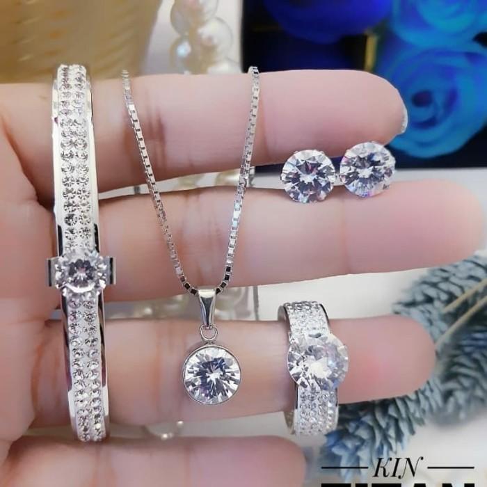 Jual titanium set perhiasan#m1613 - Kota Palembang - kevin ...