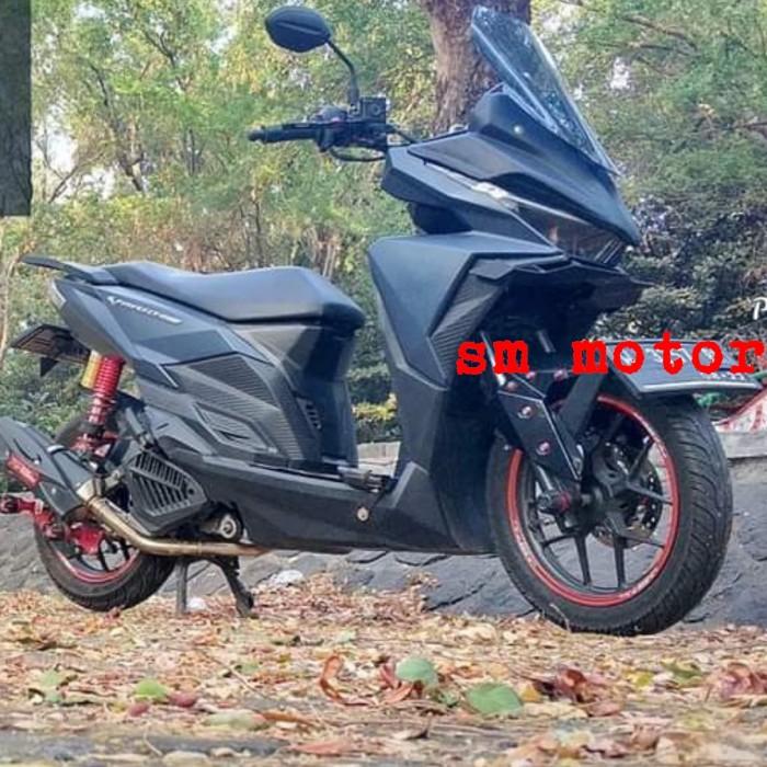 Foto Produk SEPAKET TAMENG DAN WINDSHIELD VARIO 125 DAN 150 LED PNP TINGGAL PASANG dari angelina motor shop