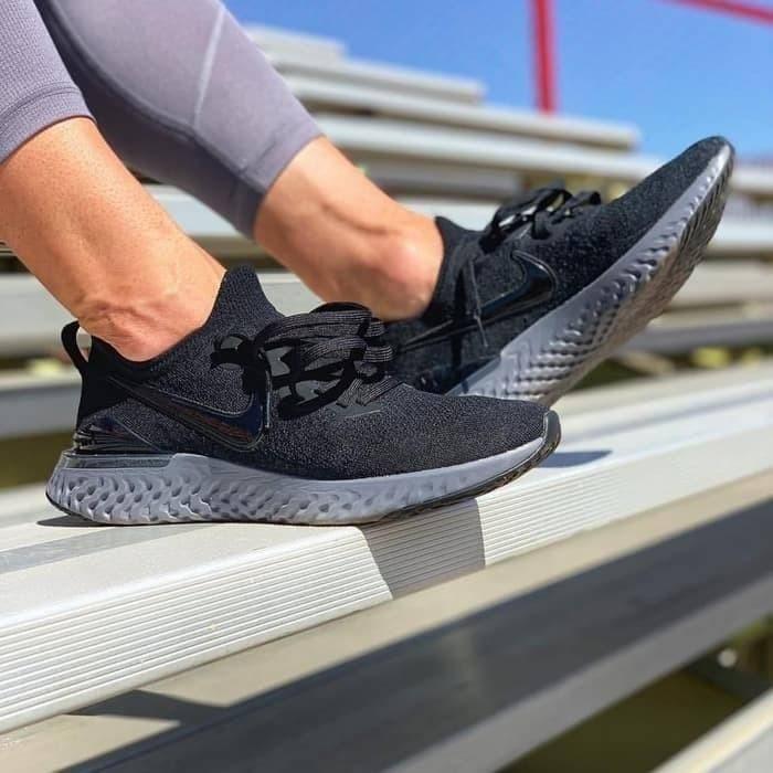Jual Nike Epic React Flyknit 2 \