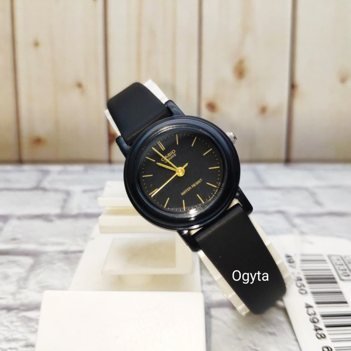 Foto Produk Casio Analog Jam Tangan Wanita Strap Kulit LQ-139AMV-1E Original dari Ogyta Shop
