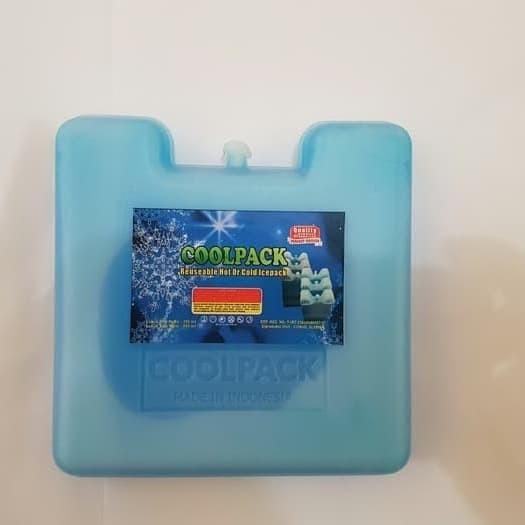 """Foto Produk ice pack kotak 15x15x2cm dari DIAN """"ES KRIM"""""""