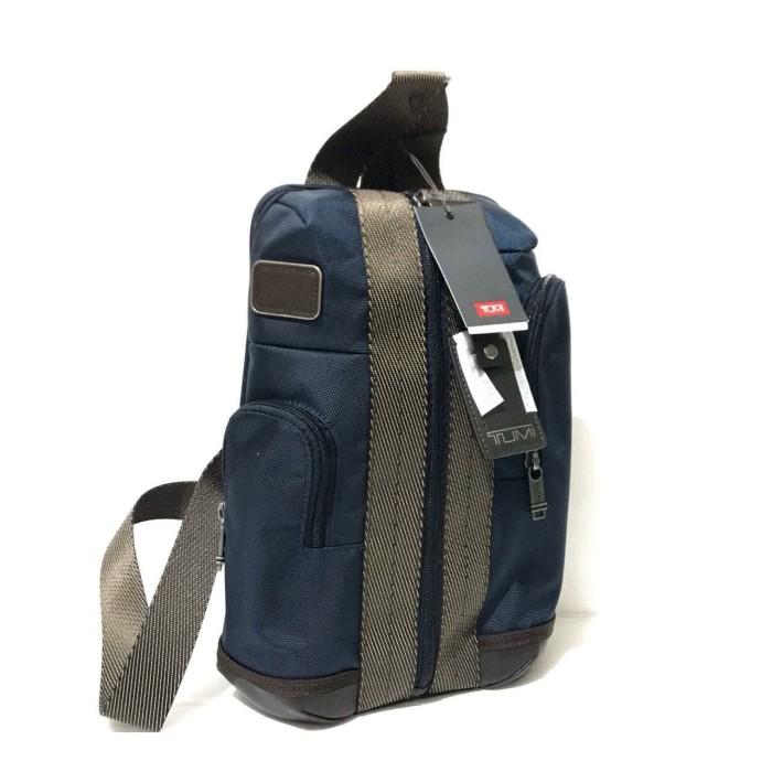 Foto Produk Tumi Higgins Sling Backpack Navy dari Laristie