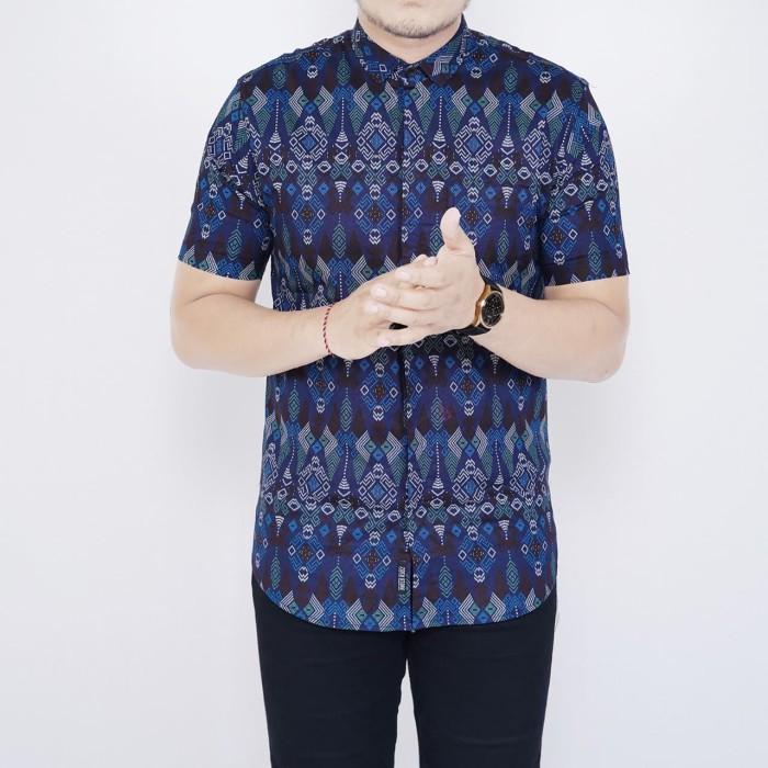 Foto Produk Kemeja Batik Pria Slim Fit Lengan Pendek Cotton Stretch Biru - Biru dari inisial.R