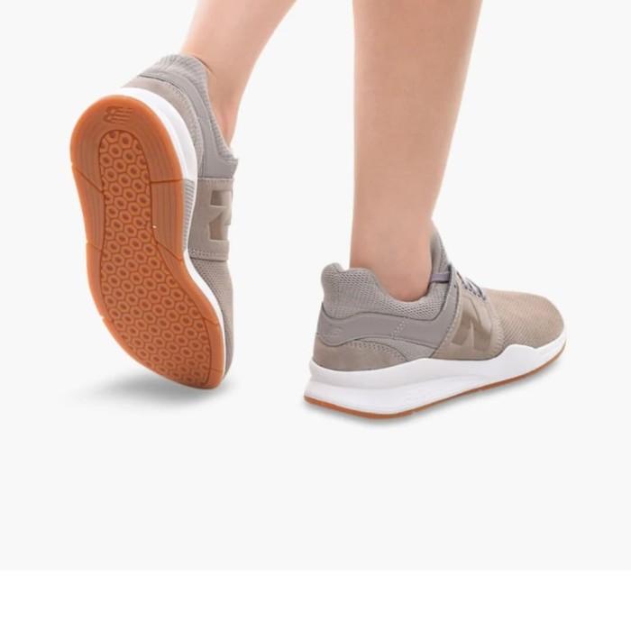 Jual New Balance 247 Women's Leisure Shoes - Grey - Abu-abu, 6 - Kota Surakarta - toko-serabutan | Tokopedia