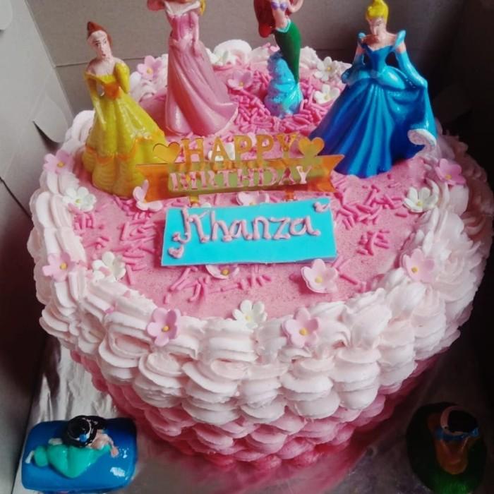 Jual Black Forest Kue Ultah Karakter Princess N Lol 18 Cm Request Ucapan Jakarta Utara Takoyaki Maqbul Tokopedia