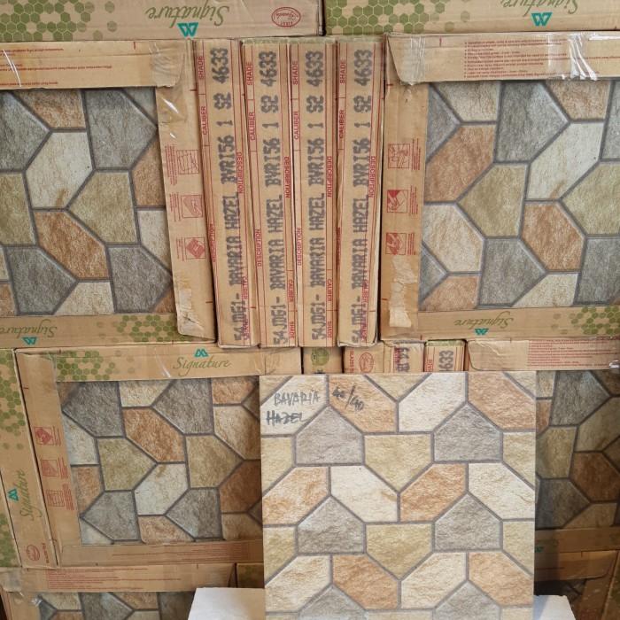 Jual Keramik Lantai 40x40 Mulia Bavaria Hazel Kw1 Teras Garasi Kamar Mandi Jakarta Utara Malen Jaya Tokopedia