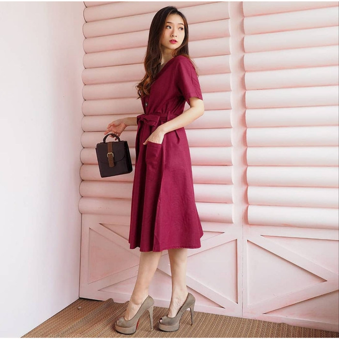 Foto Produk DRESS WANITA VERY GOOD QUALITY SIMPLE MURAH CANTIK BESTSELLER BESAR - MAROON dari KPStore Fashion Online