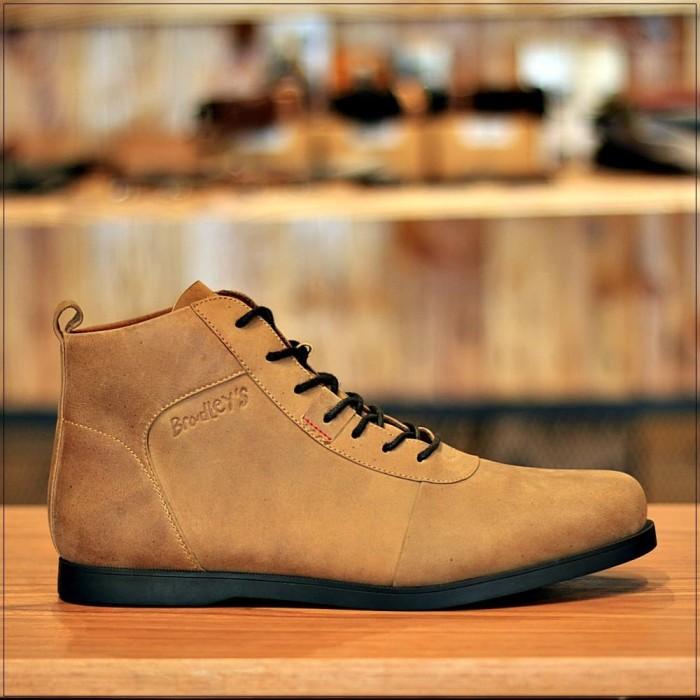 Foto Produk BRADLEYS - Sepatu Boots Pria - ANUBIS tan camel - Kulit Asli - Beige, 39 dari Bradleys Footwear