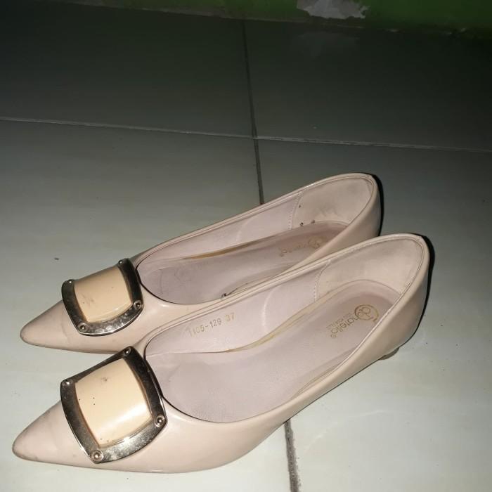 Jual Preloved Sepatu Wanita Donatello Kota Malang