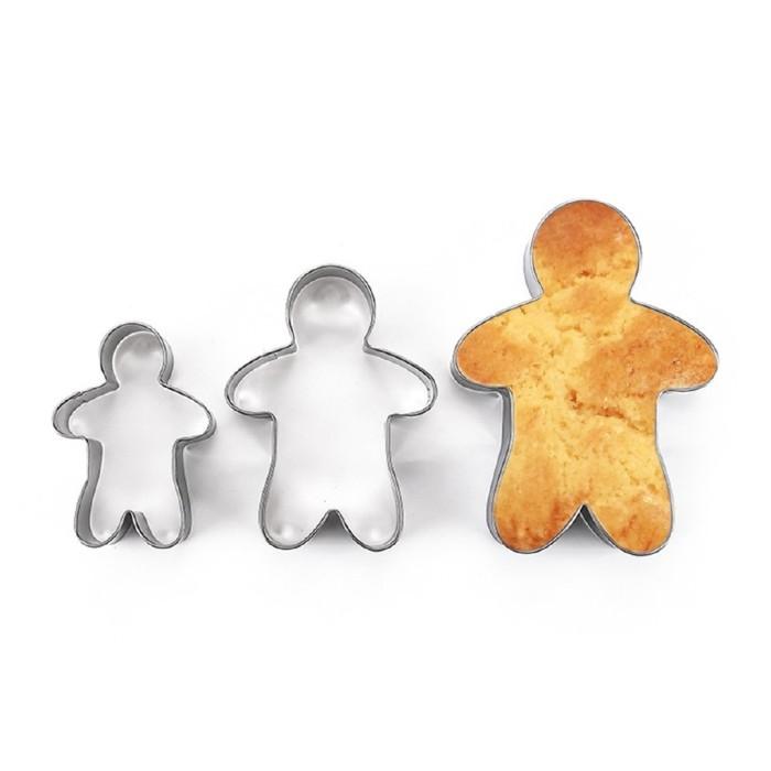Lovely Gingerbread Man Shape Metal Cutter Xmas Decorating Fondant Cake Mould