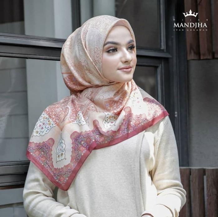 Foto Produk Kairo scarf mandjha ivan gunawan dari Oq_indoStore