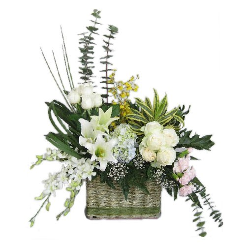 Jual Rangkaian Bunga Meja Karangan Bunga Vas Table Flower Bmpf110 Jakarta Barat Putraperabot Tokopedia