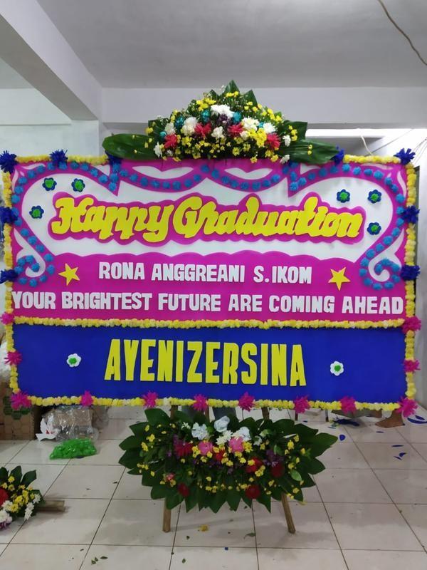 Jual Karangan Bunga Selamat Ulang Tahun Papan Bunga Anniversary Wisuda Jakarta Barat Aconite Florist Tokopedia