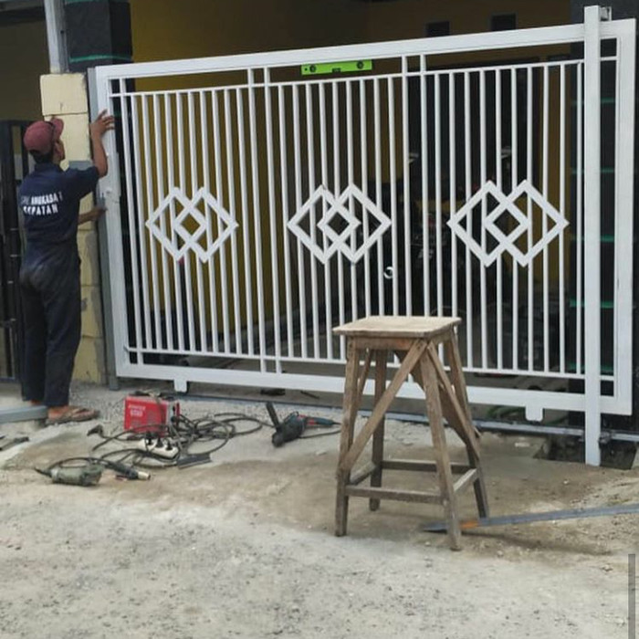 Jual Pagar Minimalis Murah Besi Holo Galvanis - Kota Bekasi - AR Decoration  | Tokopedia