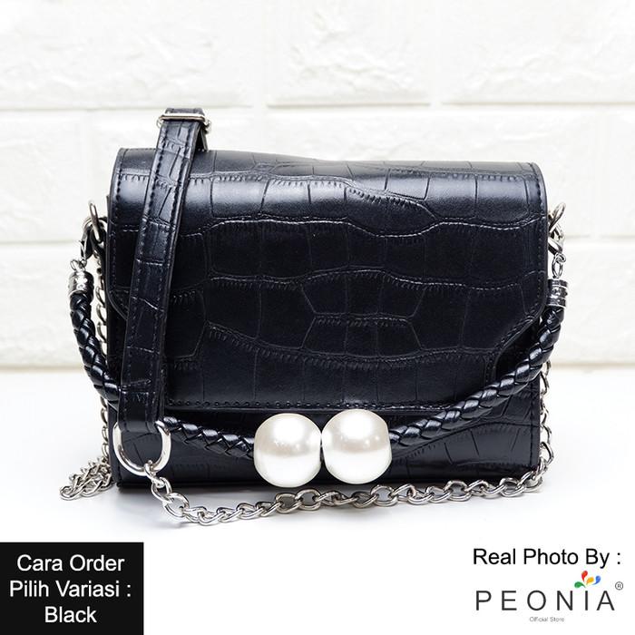 Foto Produk Peonia Tas Selempang Wanita Import Tas Hp Kecil Korea CANE PEARL Bag - Hitam dari Peonia Official Store