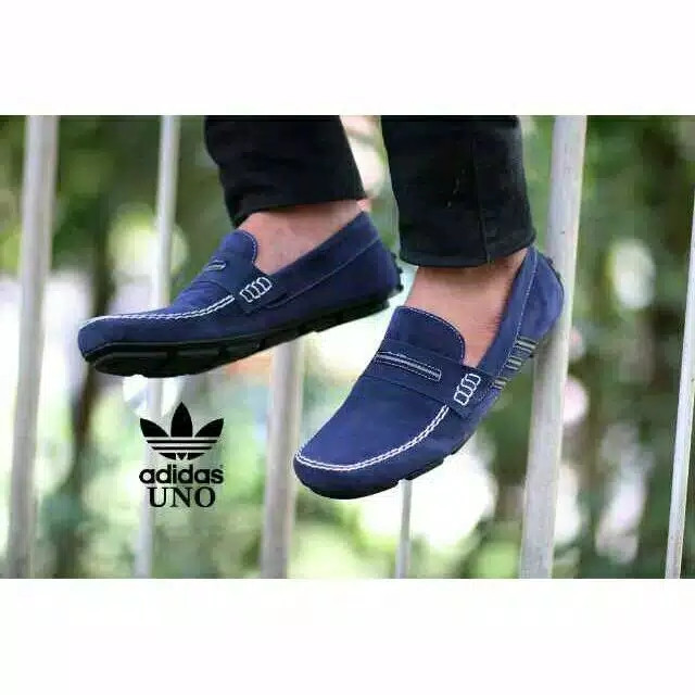 Foto Produk Sepatu Formal Pria Slip On Adidas Uno Casual Slop Kulit Suede Murah - Hitam, 39 dari D&G Store