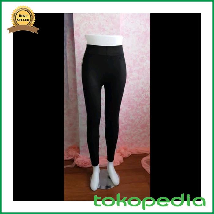 Jual Celana Legging Strip Dua Garis Putih Celana Wanita Diskon Kota Samarinda Hafizzah Mart Tokopedia