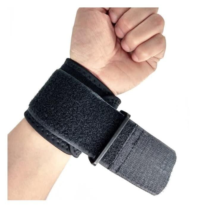 Foto Produk Wrist Support Protector/ Deker Pergelangan Tangan / WristBand dari AYD-Shop