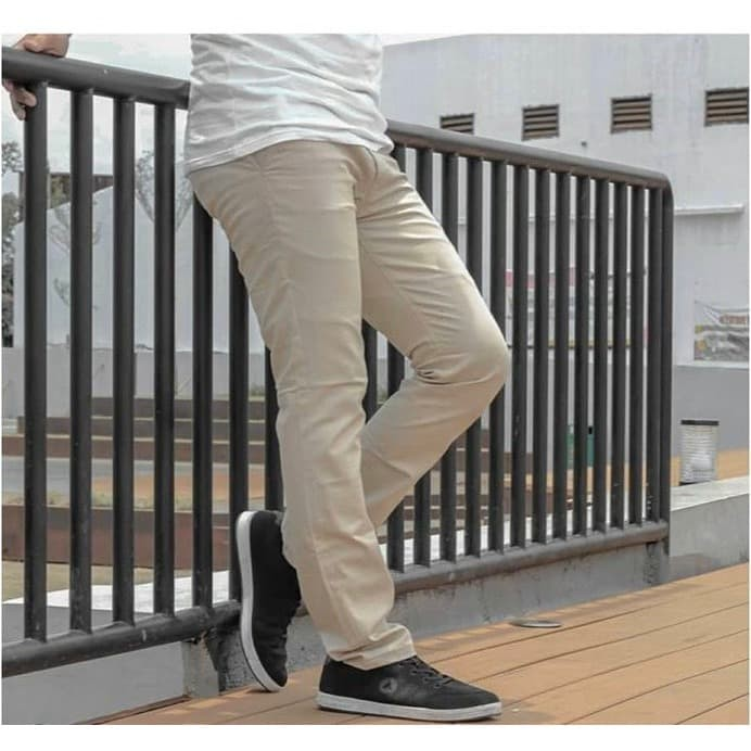 Foto Produk High Quality Celana chino pria slimfit |chino pants sz 27-40|CREAM - XL dari anekaclothing
