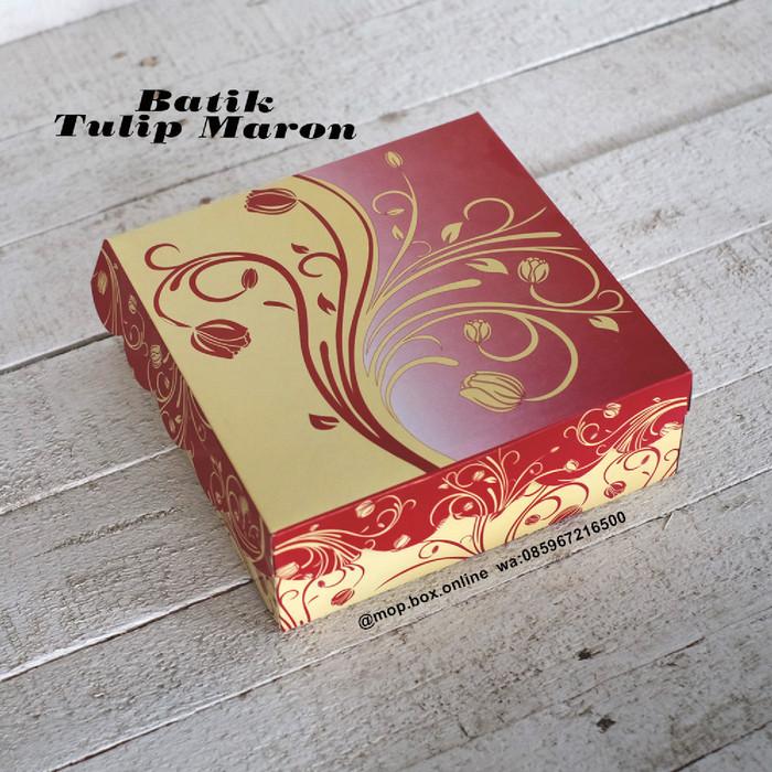 jual 50pcs dus nasi r8 batik tulip kotak nasi 18x18 box nasi merah kota surabaya mop box online tokopedia jual 50pcs dus nasi r8 batik tulip kotak nasi 18x18 box nasi merah kota surabaya mop box online tokopedia