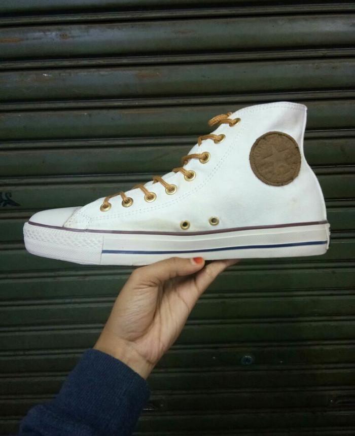 ... harga Sepatu converse original new ox classic (vietnam) canvas high -  white Tokopedia. Rp. 255000 744542f8b0