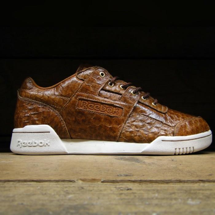 official photos 9c9fc e4b38 Original Reebok Workout Solebox Sneakers Sepatu Pria Murah Nike Jordan