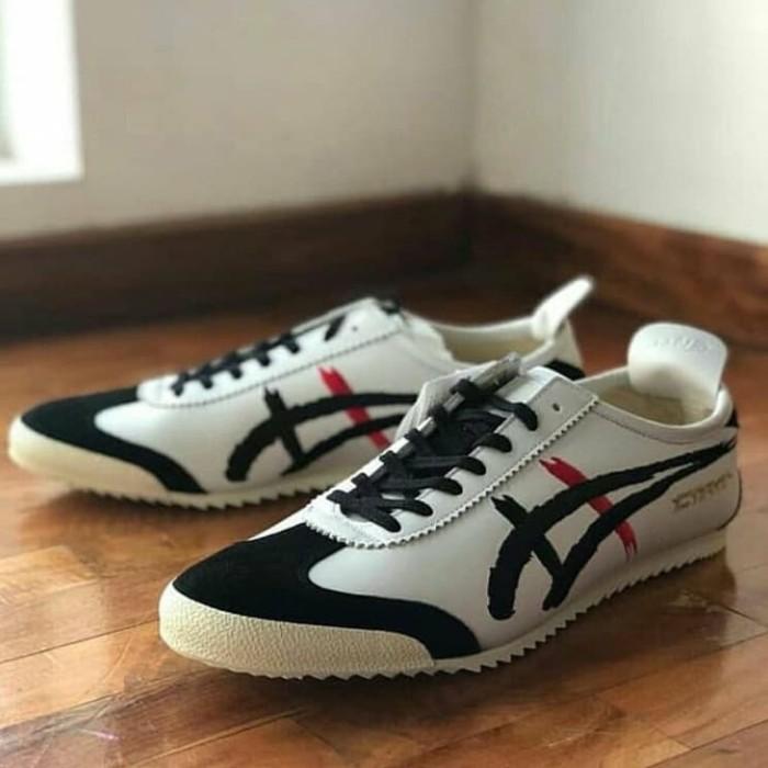 wholesale dealer c04e2 30c8d Jual Sepatu Asics Onitsuka Tiger Mexico 66 Deluxe Kabuki Villain - Jakarta  Selatan - COGITO STORE | Tokopedia