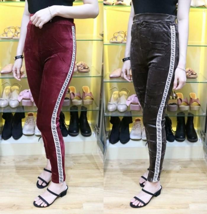 Jual Bawahan Wanita Celana Panjang Legging Bludru Ff Tabls 297 Jakarta Barat Queniikashop Tokopedia